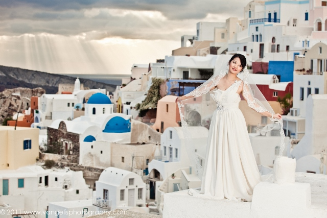 Vangelis weddings in santorini